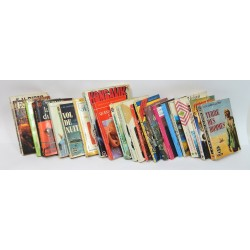 LOT 21 LIVRES DE POCHE THEMES DIVERS