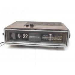 RADIO REVEIL VINTAGE A LAMELLES FLIP FLAP SOUNDESIGN AVEC FM
